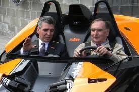 借助 PTC 解决方案,Dallara Automobili 提高了效率和绩效,同时削减了成本
